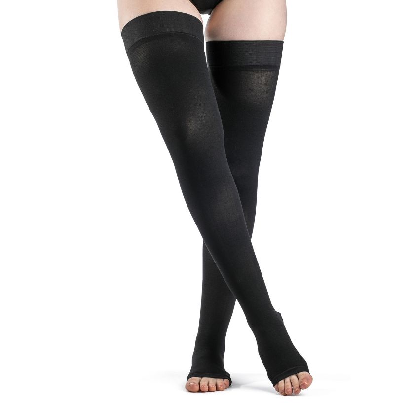Sigvaris ACCESS Thigh-High W/Grip-Top Open Toe
